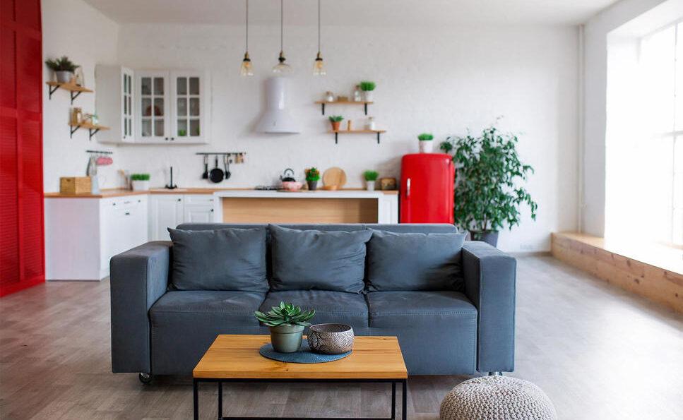 Aménager une cuisine ouverte sur un petit salon
